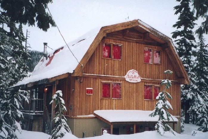 #70, The Red Roof Chalet, Upper/Lower Suite